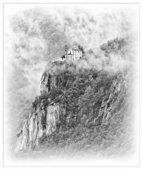 At cliff edge (Italy. Lake Orta)